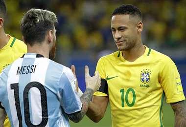 Messi y Neymar juntos. Dos talentosos que están en la Copa América. Foto: internet