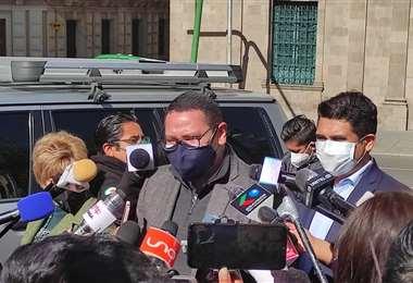 Peña y Monasterio en conferencia de prensa I EL DEBER.