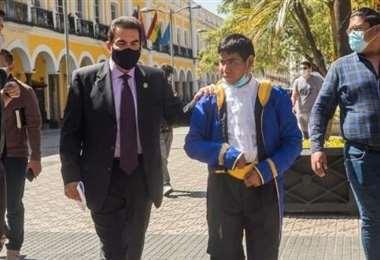 Reyes Villa cumplió con el 'ratón Mickey'