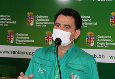 Carlos Hurtado estima entre 4 y 6 semanas para el descenso de los casos. Foto: EL DEBER