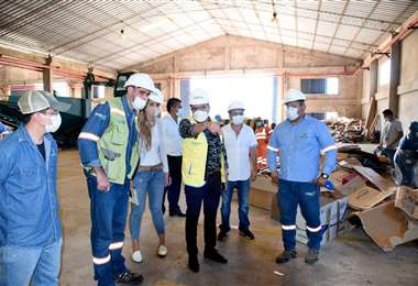 Emacruz trabaja con asociaciones recicladoras para buscar nuevos horizontes