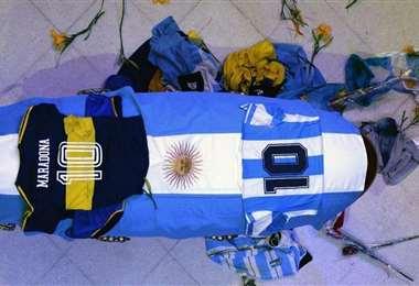 Féretro de Maradona