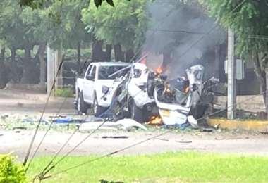 Un auto explotó causando la zozobra en el Estado Colombiano