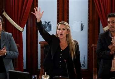 Sesión en la que Áñez asumió la presidencia I archivo.