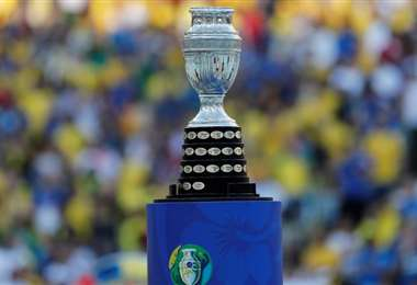 El trofeo de la Copa América. Foto: internet