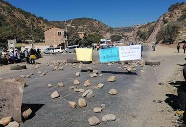 Foto internet: el bloqueo fue instalado por los productores agrícolas el domingo