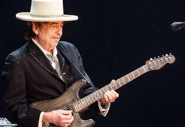 Bob Dylan en una de sus actuaciones