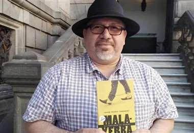 Valdez escribió varios libros sobre el narcotráfico en su país
