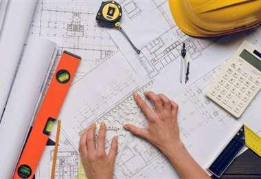 La pandemia frenó la inversión inmobiliaria  y dejó sin trabajo al 40% de los arquitectos