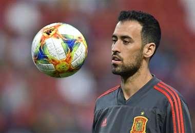 Sergio Busquets es posible que juegue contra Eslovaquia. Foto: Internet