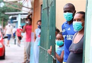 La vacunación a migrantes se ha postergado hasta agosto