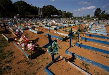Manaos vive el desborde de fallecidos por covid /AFP