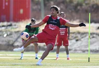 Marcelo Martins en la práctica de este martes en Huarina. Foto: FBF