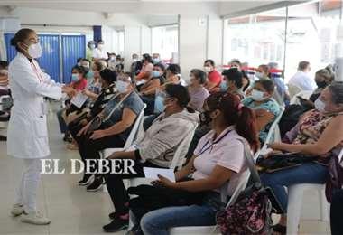 En los centros de inmunización casi no hay vacunas. Foto: Juan Carlos Torrejón