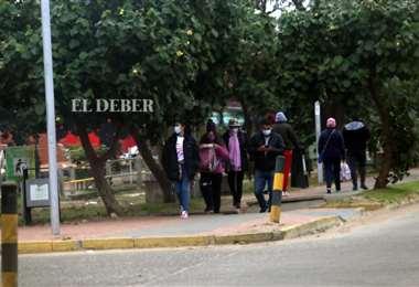 Hay gente que no cumple a cabalidad las restricciones. Fotos: Jorge Isaac Ibañez