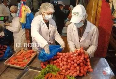 Alcaldía decomisa productos sin permiso o en mal estado. Foto: JC. Torrejón