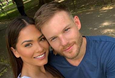 La reina universal con su novio estadounidense
