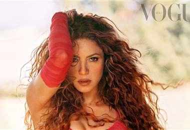 Shakira ilustró la nueva portada de Vogue México