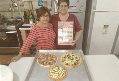 Silvia y Martha en sus prácticas