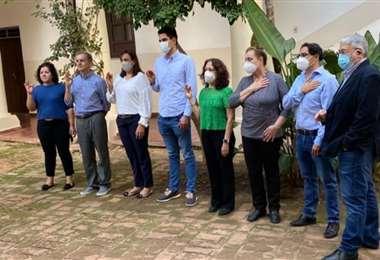 Integrantes del nuevo directorio, posesionado en Los Huérfanos