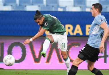 Rodrigo Ramallo estuvo a punto de marcarle un gol a Uruguay. Foto: FBF
