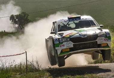 Bruno Bulacia corrió en un coche Skoda, con el número 18. Foto: Prensa B. Bulacia