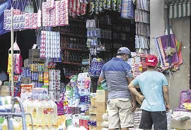 La informalidad está ligada al contrabando que se campea en el país