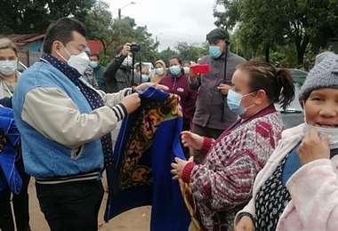 Brigadas médicas municipales recorren el Barrio Navidad, por la G77. Foto: JC Torrejón