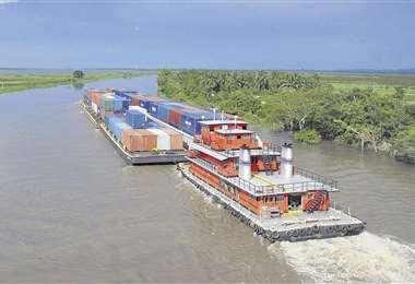 Hidrovía Paraguay-Paraná registra caída de caudal e impacta en el comercio exterior