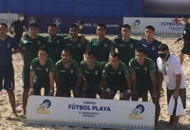 La selección boliviana de fútbol playa compite en Río de Janeiro. Foto: Internet