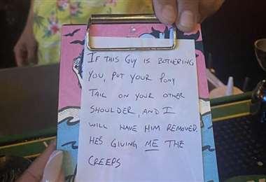 Este fue el mensaje que escribió el camarero