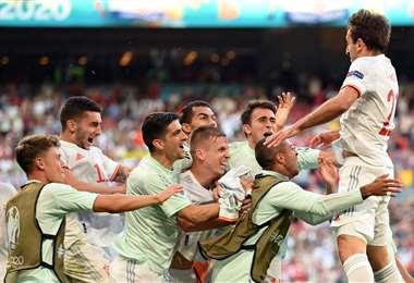 La celebración de los españoles tras superar a Croacia este lunes. Foto: AFP