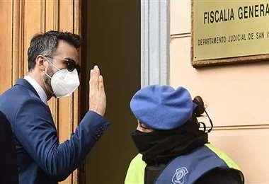 Leopoldo Luque, a su llegada a la Fiscalía General de San Isidro. Foto: Internet