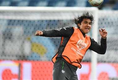 Marcelo Martins hoy no jugó ante Argentina, pero estuvo entre los suplentes. Foto: FBF