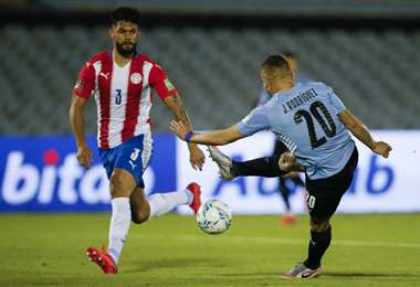 Uruguay recibe en casa a Paraguay.  Foto: AFP