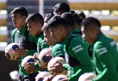 Bolivia cerró sus preparativos ayer en el estadio Hernando Siles. Foto: FBF