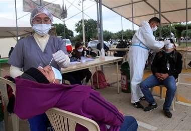 Santa Cruz continua un elevadas cifras de contagio por día. Foto: J. Ibáñez