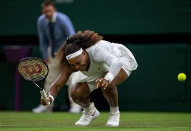 El llanto de Serena tras sufrir la lesión que la hizo retirarse del partido. Foto: AFP