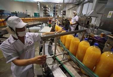 Pese al optimismo estatal el sector industrial no se recupera/Foto: EL DEBER