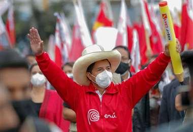 Por las elecciones en Perú