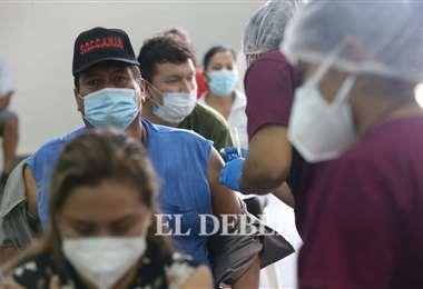 El plan de vacunación en Santa Cruz. Foto: El Deber