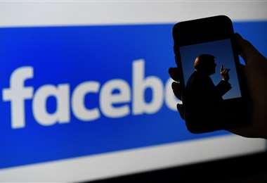 Para Facebook los políticos serán tratados como cualquier usuario