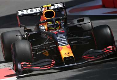 Sergio Pérez, de Red Bull, tuvo un gran rendimiento este viernes. Foto: AFP