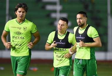 Martins, Vaca y Ramallo en el entrenamiento de la Verde en el Tahuichi. Foto: FBF