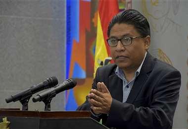 El ministro de Justicia, Iván Lima, se refiere al caso de los vocales.