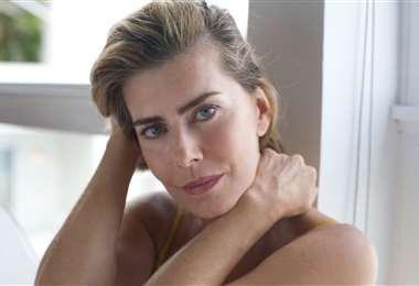 La actriz brasileña Maite Proença cuestiona al gobierno de su país