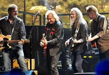 Los antiguos y nuevos integrantes de The Eagles participarán de la gira