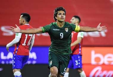 Marcelo Martins, el  hombre gol de la selección nacional. Foto: FBF