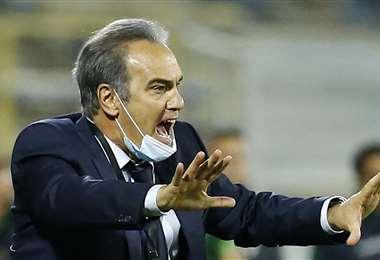 El DT de Chile Martín Lasarte renegó en el choque contra Bolivia. Foto: AFP