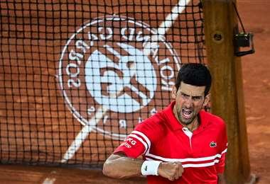 La celebración de Novak Djokovic tras superar a Berrettini. Foto: AFP